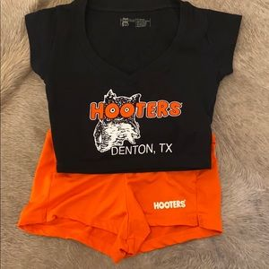100% authentic Hooters outfit/ Halloween costume